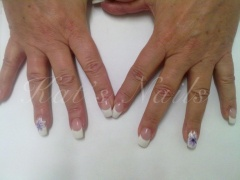 French manicure met paarse One Stroke